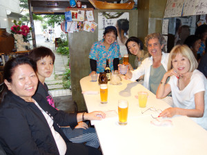 046 Aoyama... Shima Uta... Yumei na Ishigaki no Restaurant...DSC02298